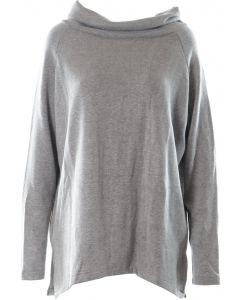 Пуловери и плетива COLETT