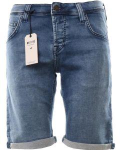 Къси панталони и бермуди MUSTANG
